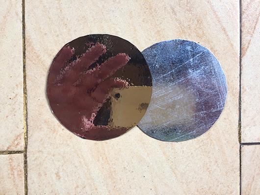 Discs one mirror
